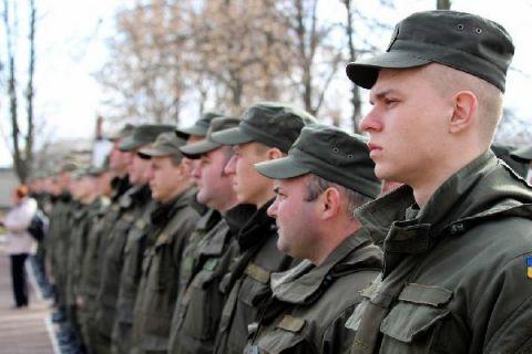 Поліцію Чернігова посилюють нацгвардійцями