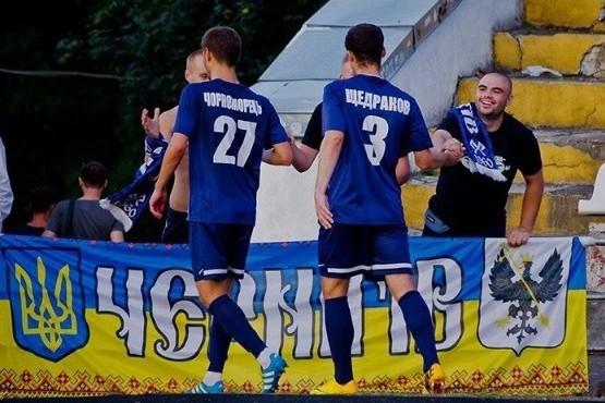 Черниговская «Десна» уступает футбольному клубу «Днепр»